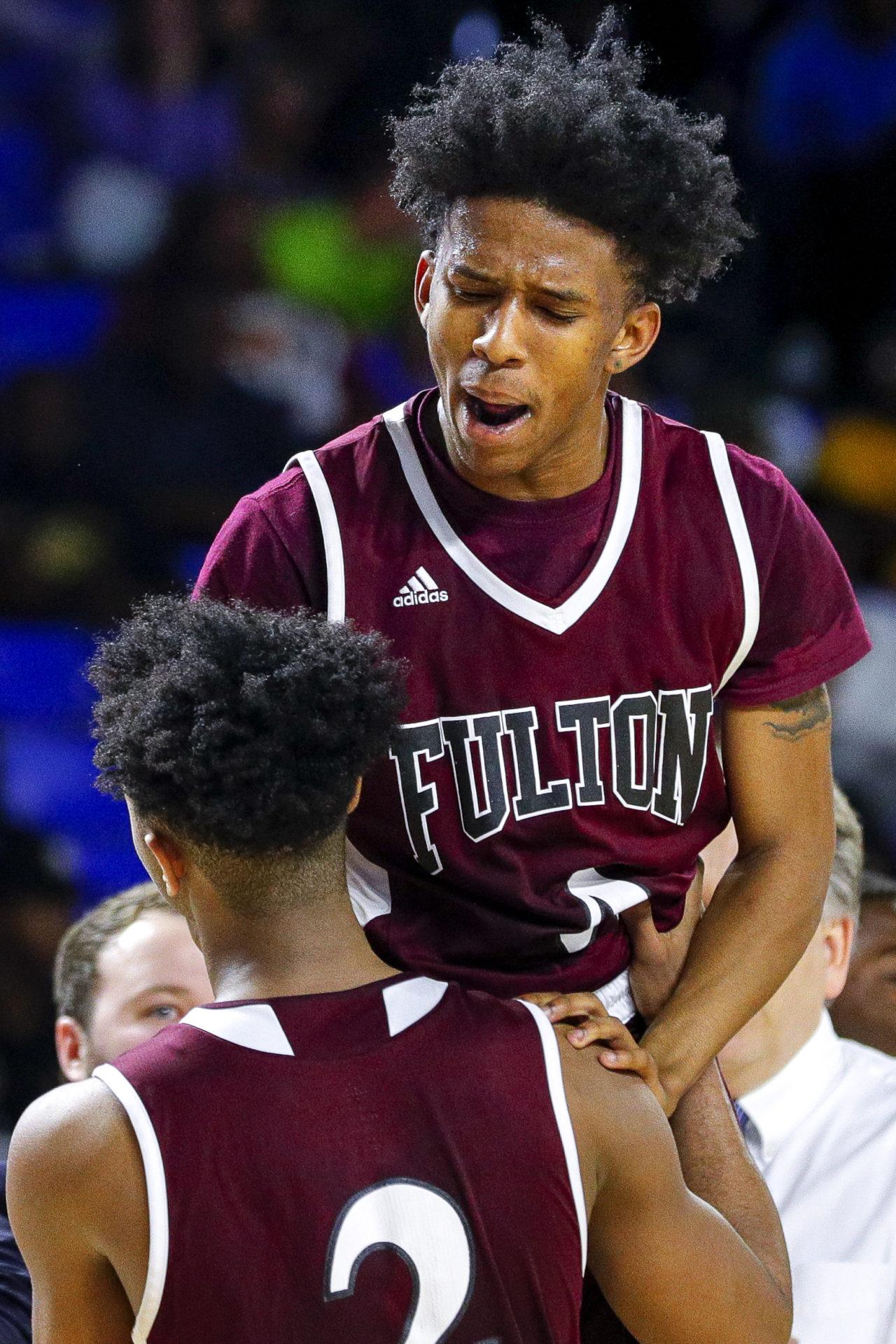 Fulton vs Mitchell 0002 (Danny Parker)