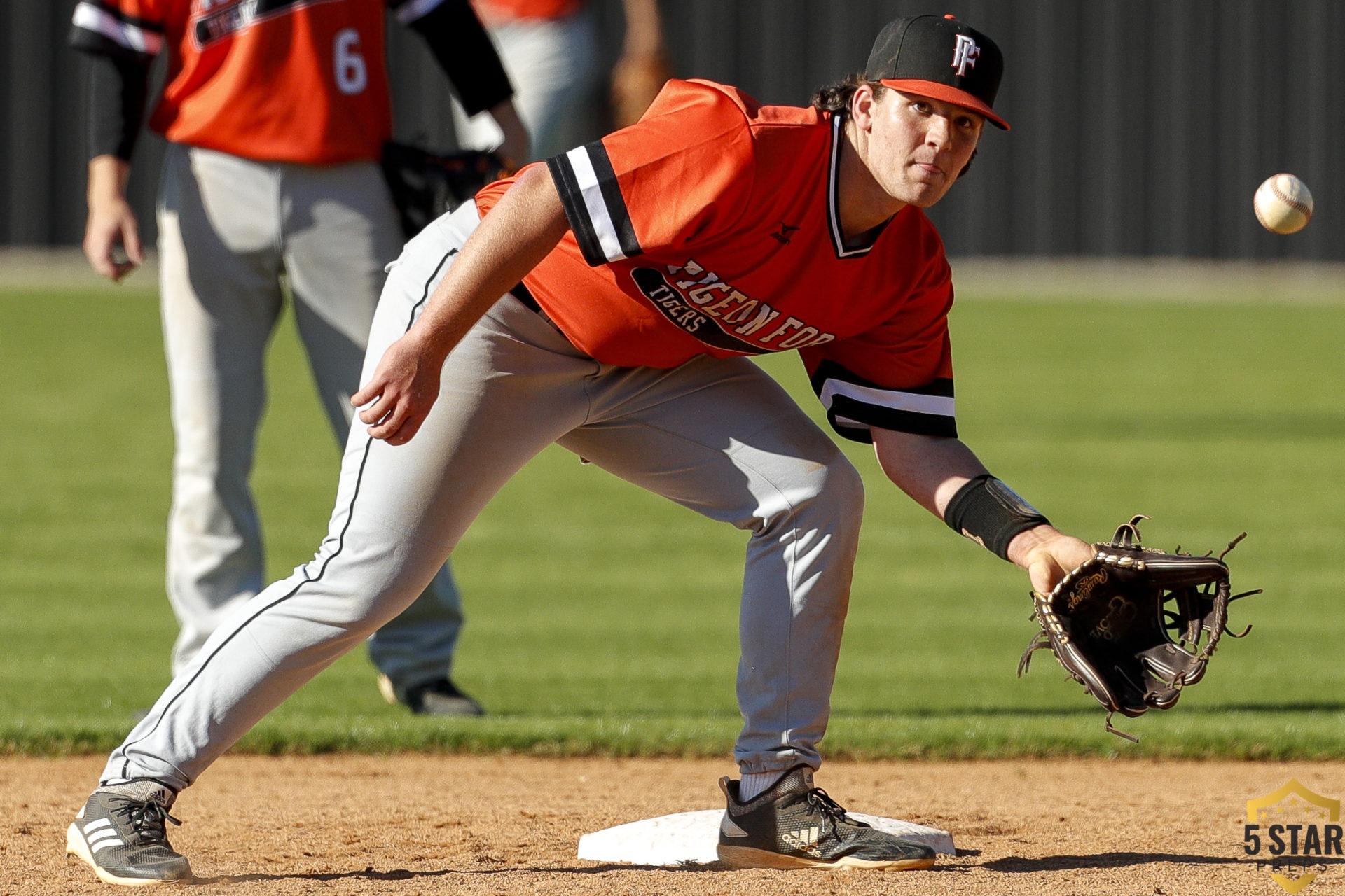 Pigeon Forge vs Gibbs baseball 0012 (Danny Parker)